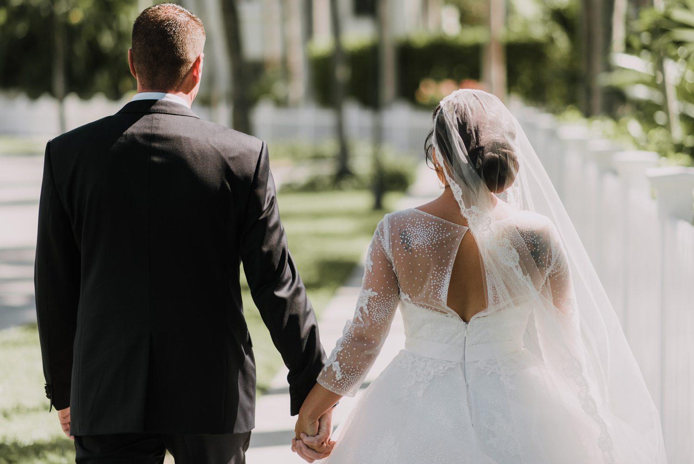 Hemingway_Home_Wedding_Jess_Ed-40 weddings wedding lifestyle key west florida keys %sitename