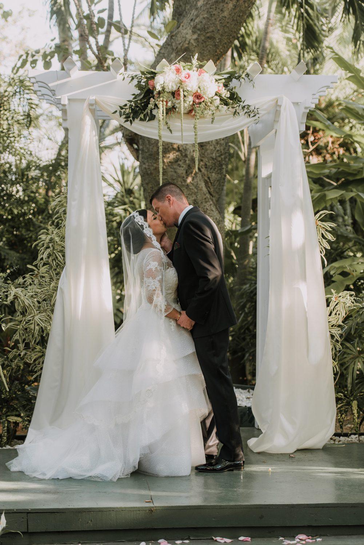 Hemingway_Home_Wedding_Jess_Ed-76 weddings wedding lifestyle key west florida keys %sitename
