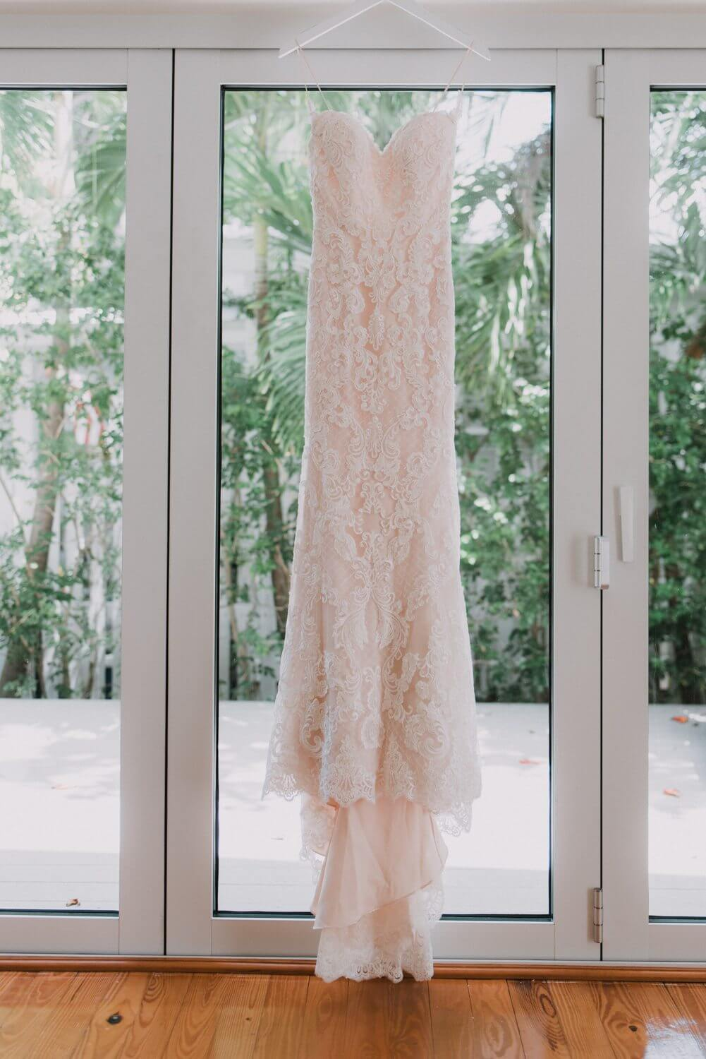 Key west wedding photographer kristina forrest fort for Key west wedding dresses