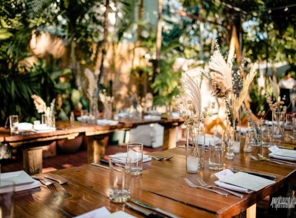 Table setting at first flight island resort