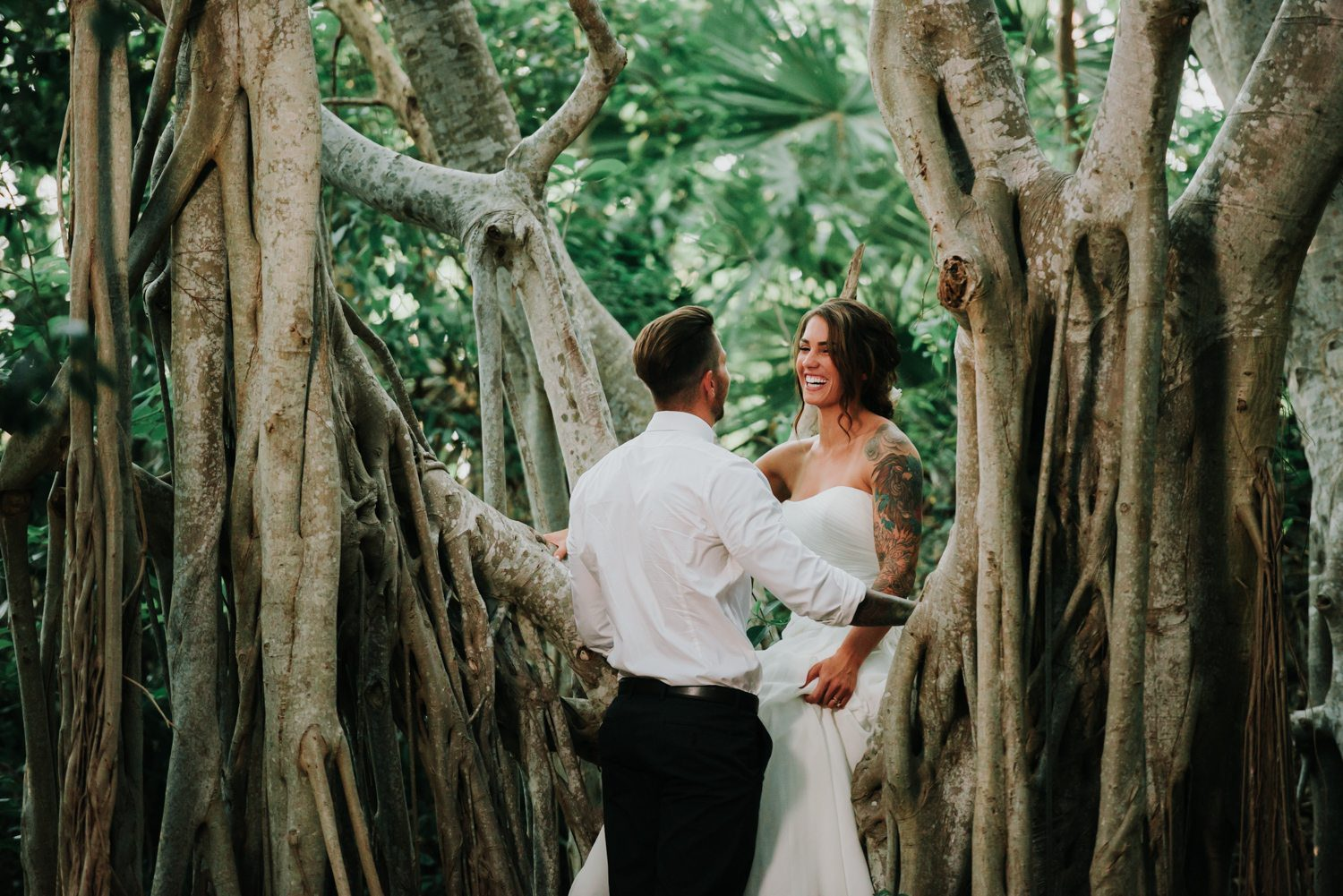 bride and groom portraits at fort zachary taylor
