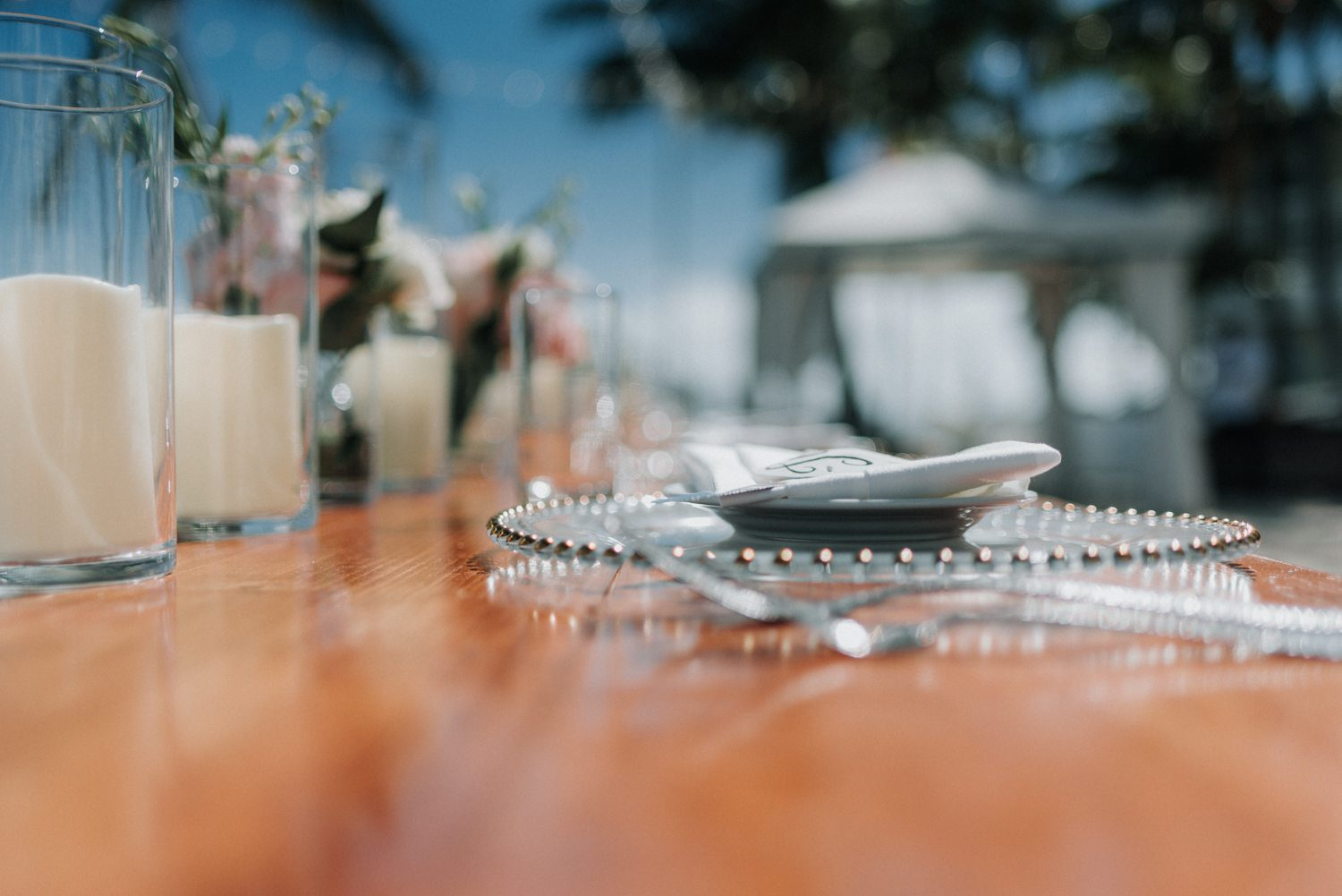plateware for beach wedding at southernmost beach resort