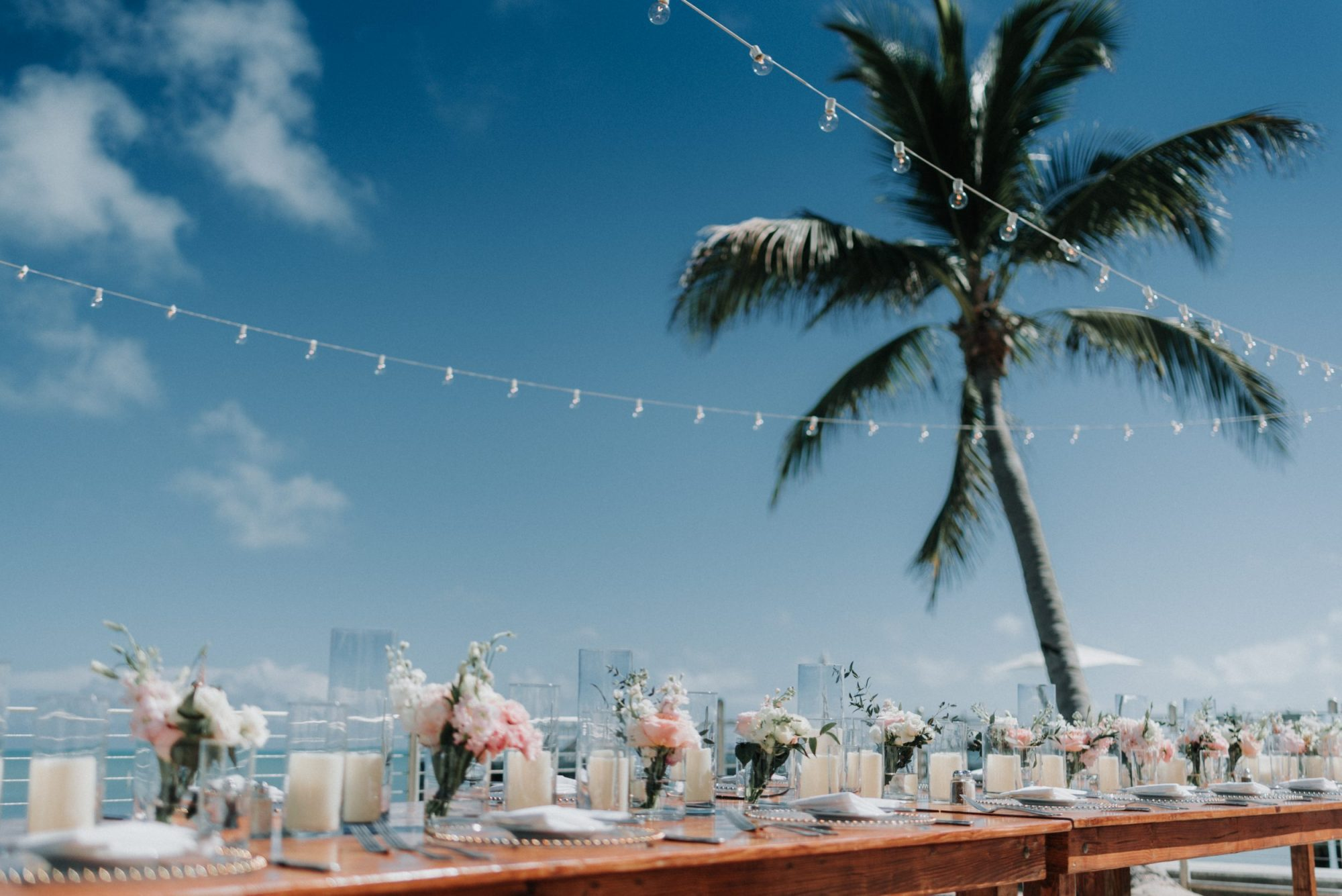 table settings for wedding at southernmost beach resort