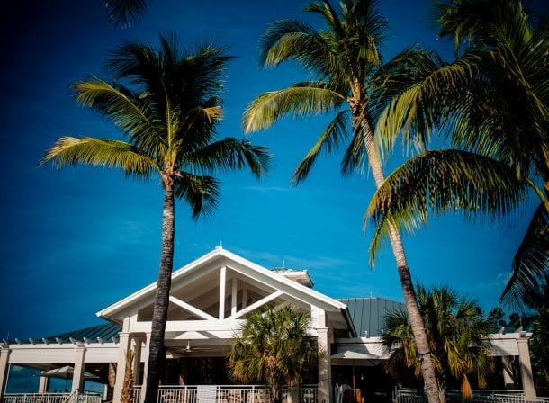 Front of hotel in playa largo before a wedding