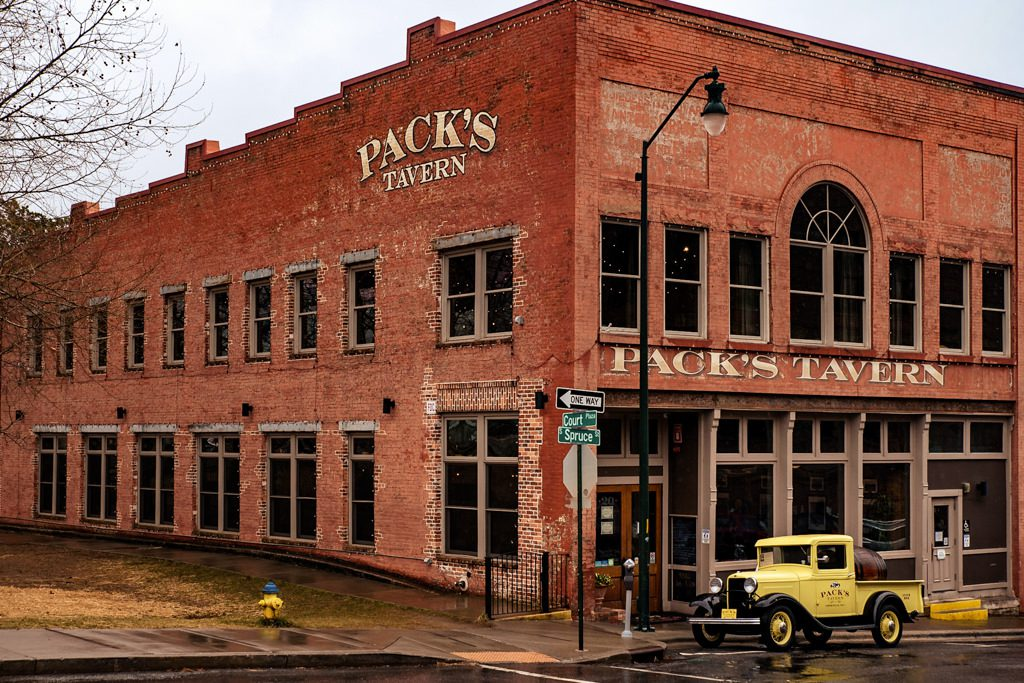 packs tavern exterior with old truck