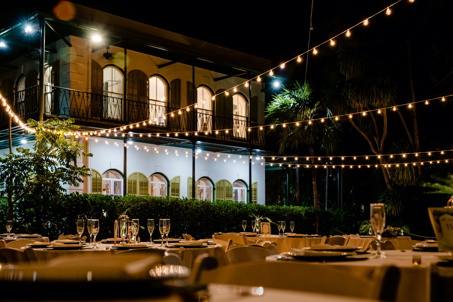 Table settings for a wedding reception at hemingway house