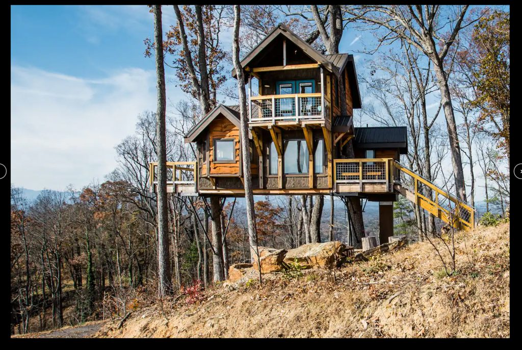 treehouse exterior airbnb asheville